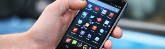 Utilizando nuestro teléfono celular para unir nuestra vida laboral y personal