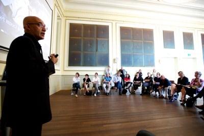 Formas para darse a Conocer 5 – Dictando Conferencias